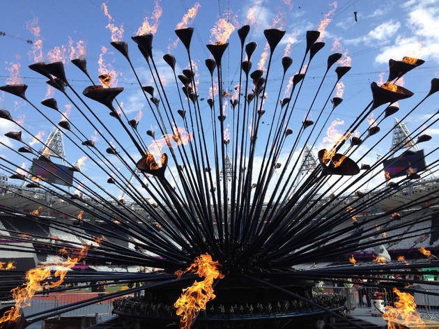 (Heatherwick Cauldron © Heatherwick Studio)