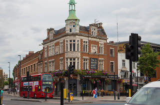 White Hart pub in Whitechapel, present day