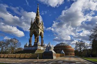 (The Albert Memorial © Greywolf, The Royal Parks)