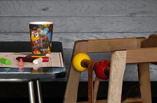 (Tate Modern cafe)