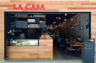 La Casa  Café