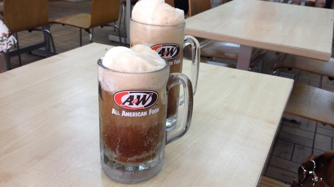 10 things we love about A&W