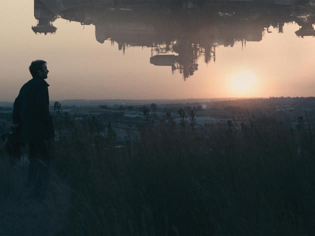 Sci-fi movie: District 9