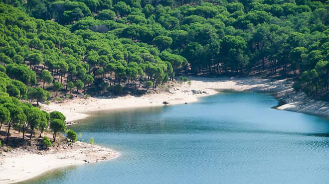 Playas de madrid pantanos lagos y piscinas naturales for Aguas termales naturales madrid