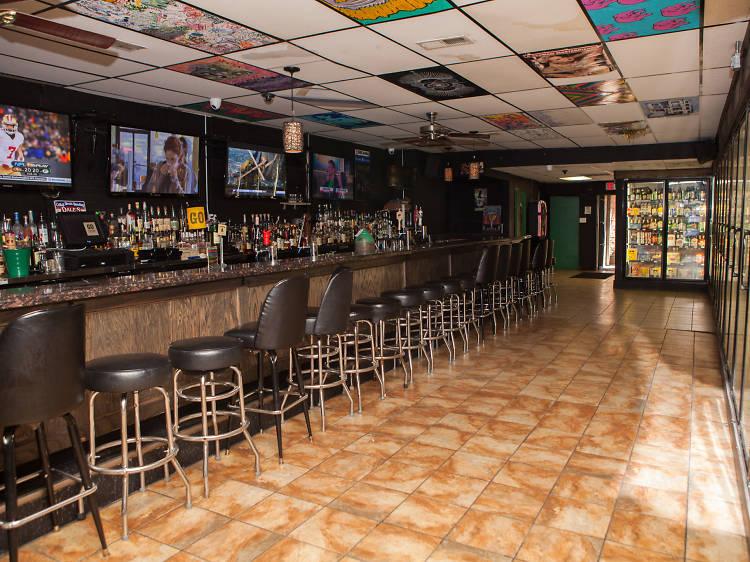 Go Tavern and Liquors