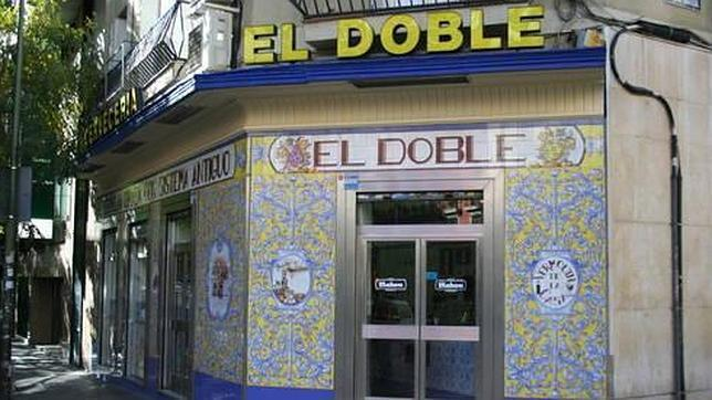Fachada de El Doble