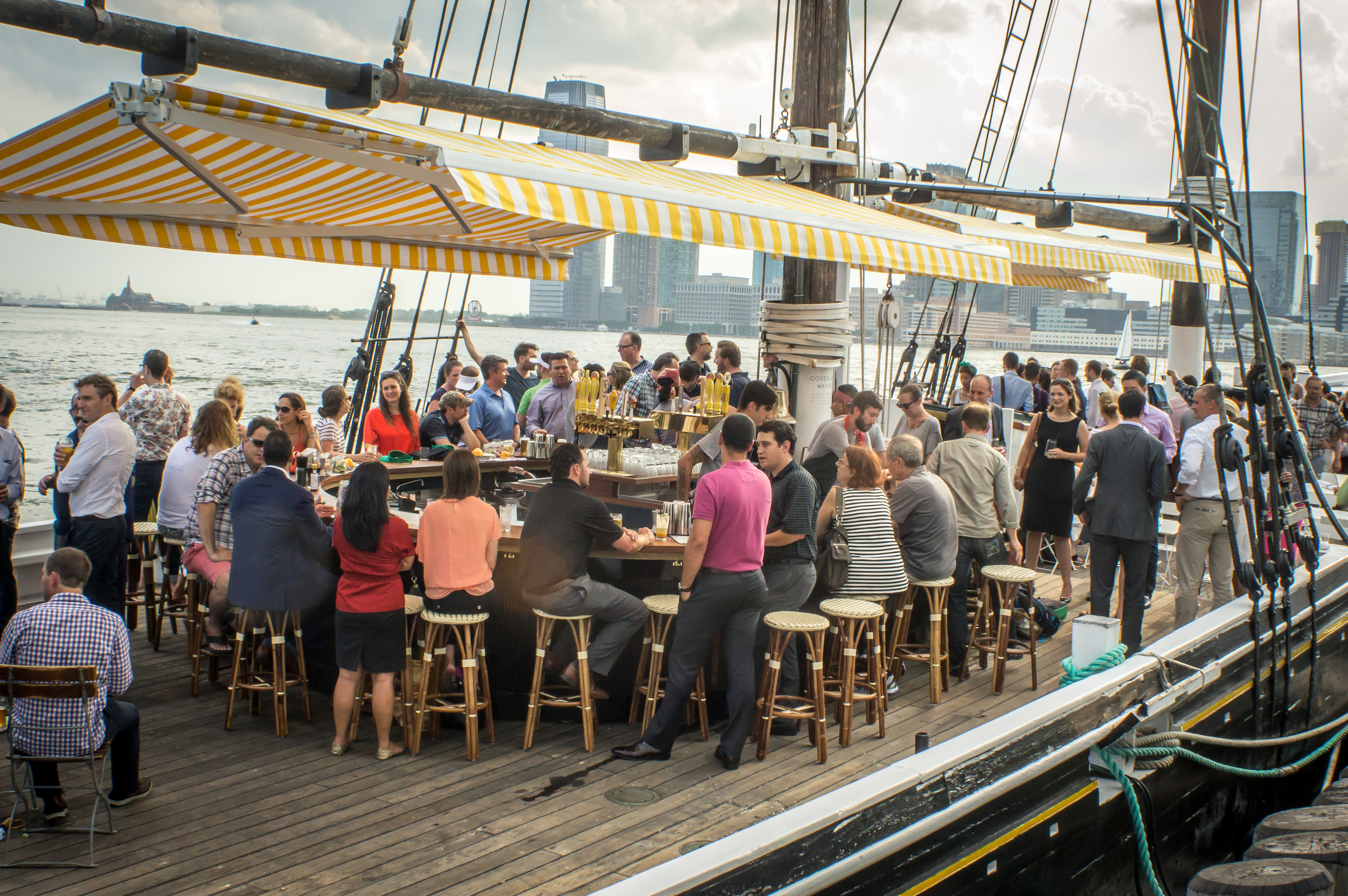 Best Boat Bars In NYC For Drinking On The Water