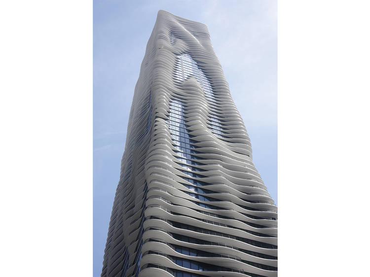 Aqua Tower, 225 N Columbus Dr