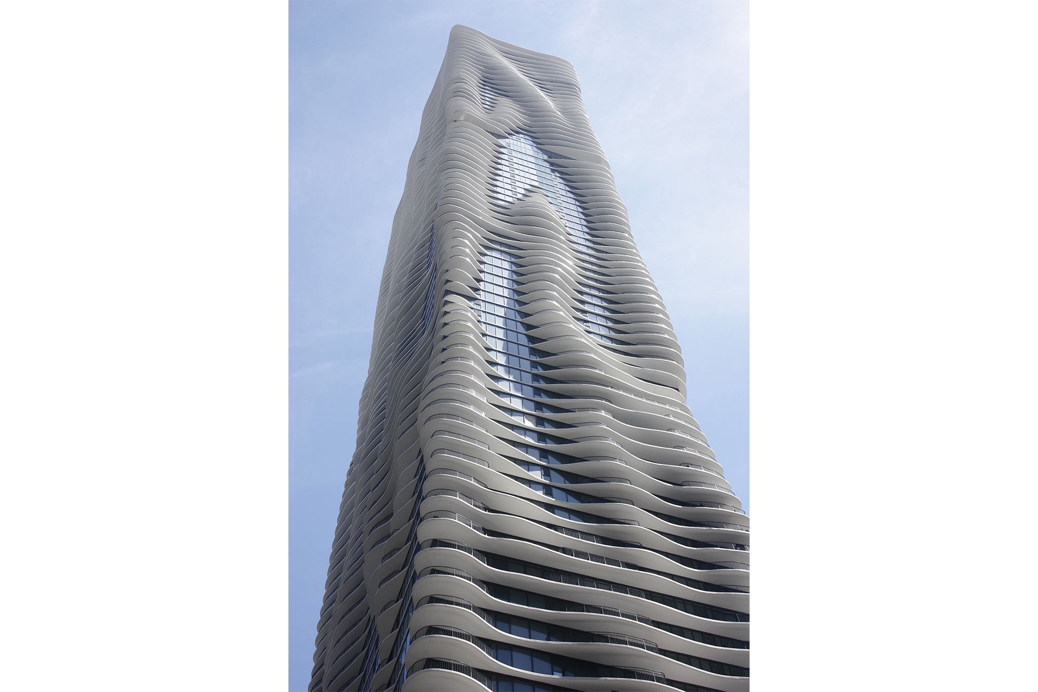 Aqua Tower, 225 N Columbus Dr
