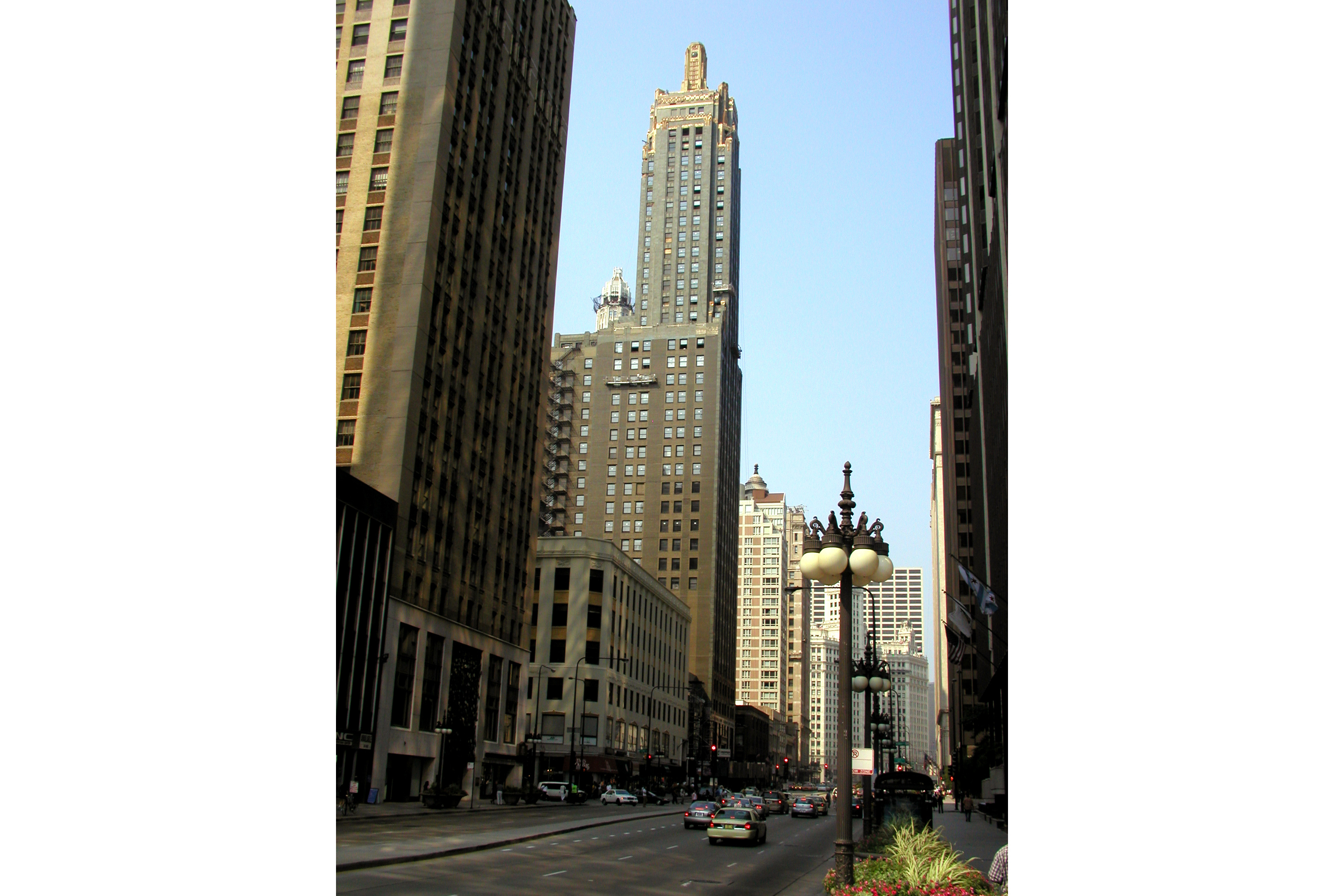 Carbide & Carbon Building (a.k.a. Hard Rock Hotel), 230 N Michigan Ave