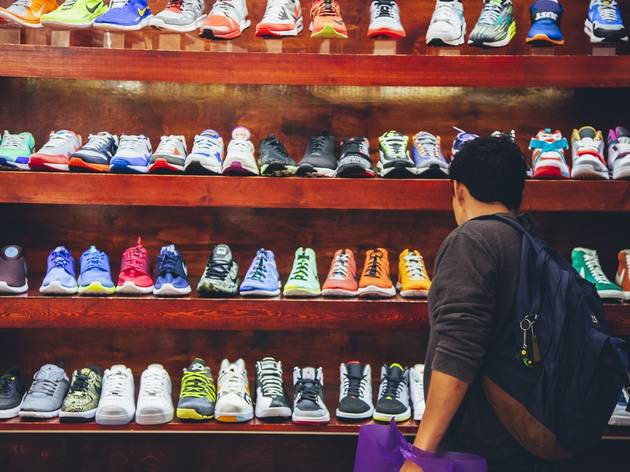 Buy sneakers hidden in the back of a convenience store: Bodega