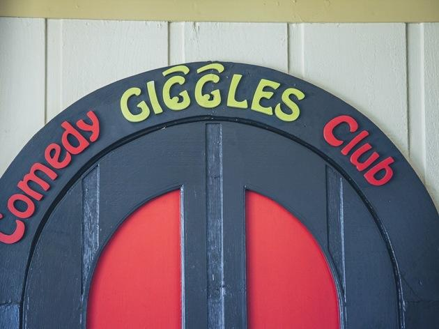 Giggles Comedy Club