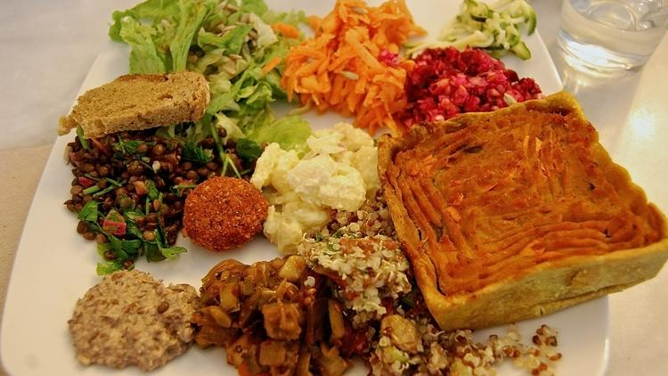 Top Vegetarian Restaurants and Cafés in Paris Top Vegetarian Restaurants and Cafés in Paris image