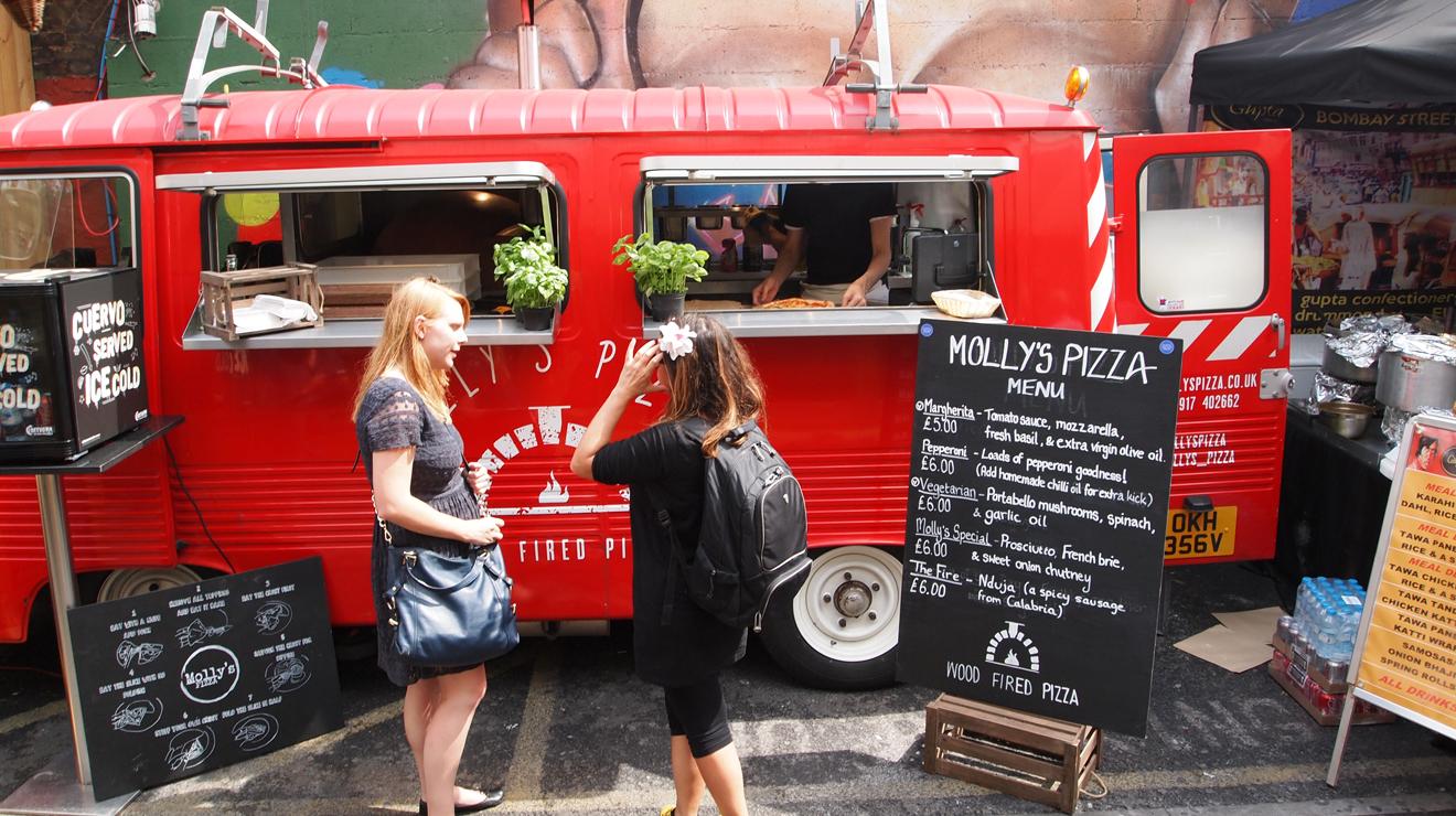 Vauxhall Street Food Market, Molly's pizza