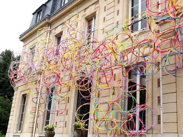 (Vue de l'exposition 'Sèvres Outdoors' ('La Façade variable', 2014) / ©TB)