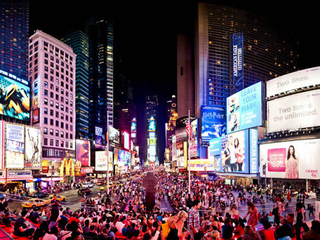 Times square new york guide for finding things to do for Things to do in new york in one day