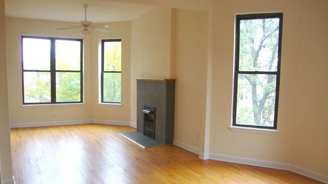 $2,000 Chicago apartments
