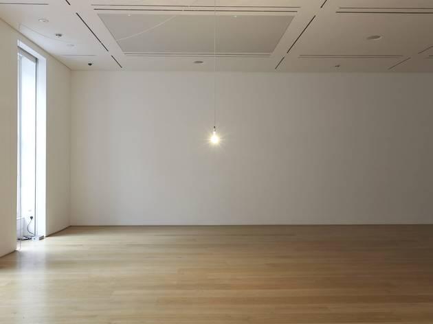 Ian Whittlesea: A Breathing Bulb