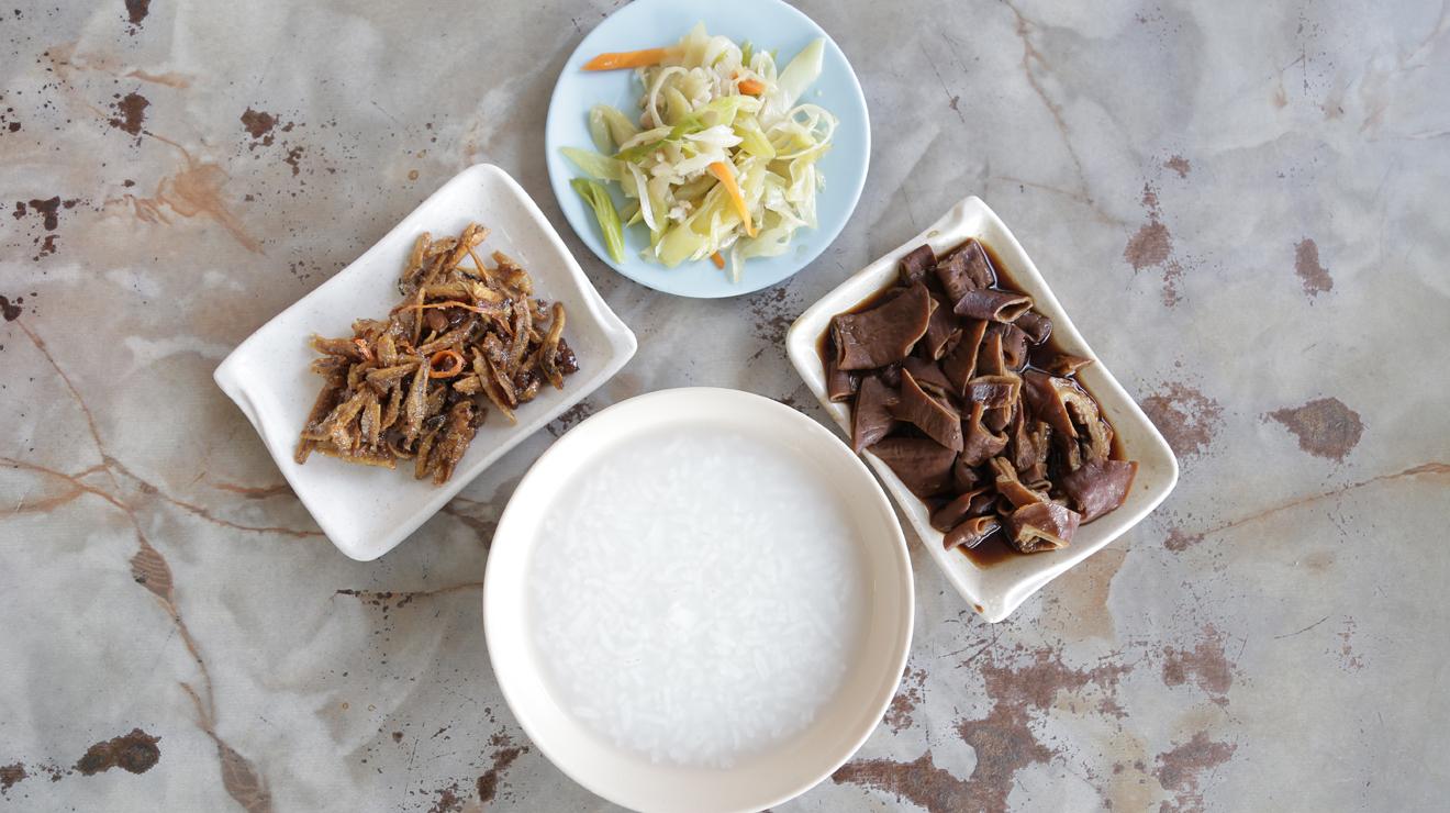 Teochew porridge at Kedai Makanan Teochew