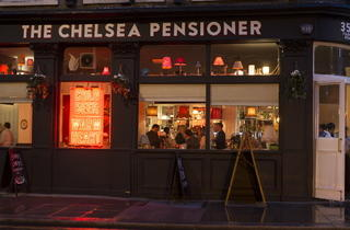 The Chelsea Pensioner (© Jamie Lau)
