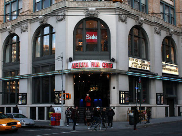 Guide to greenwich village nyc 39 s bohemian neighborhood for Things to do in the village nyc