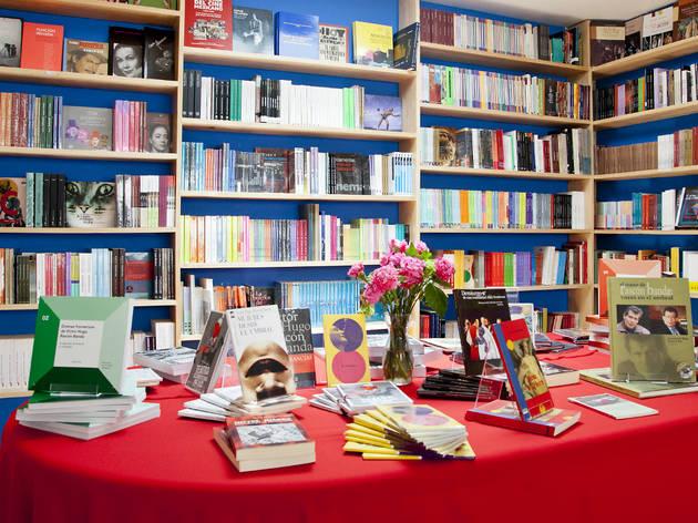 CERRADO: Librería de Artes Escénicas Rascón Banda
