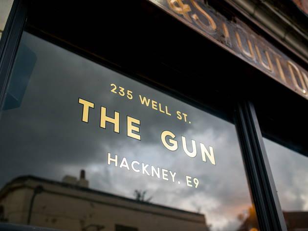 The Gun (© Addie Chinn)