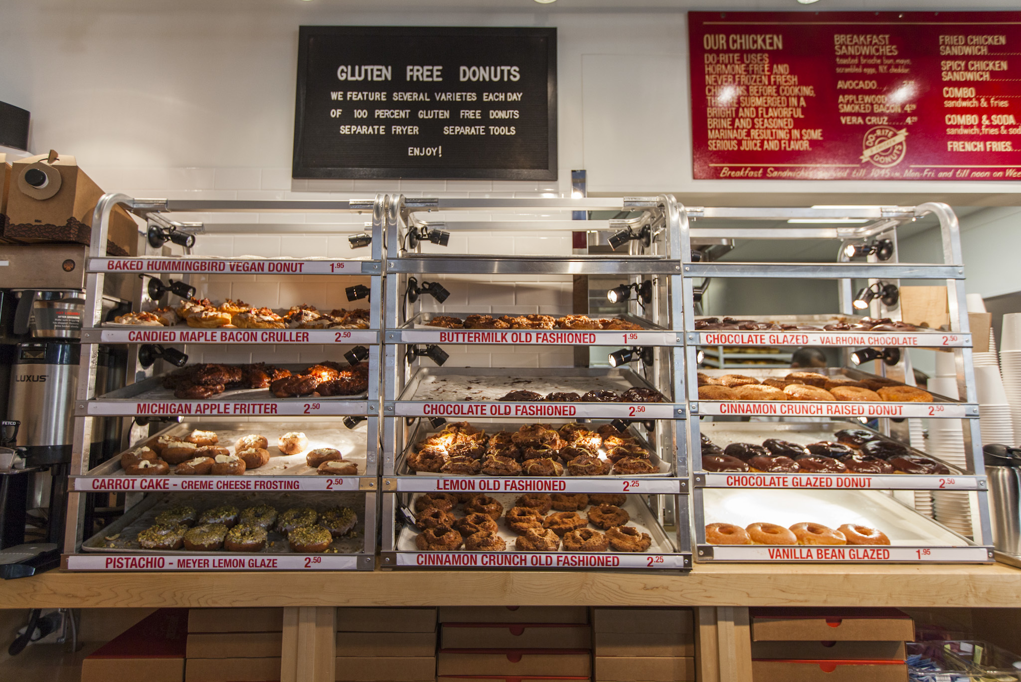 <p>Do-Rite Donuts & Chicken sells both fried chicken sandwiches and doughnuts.</p>