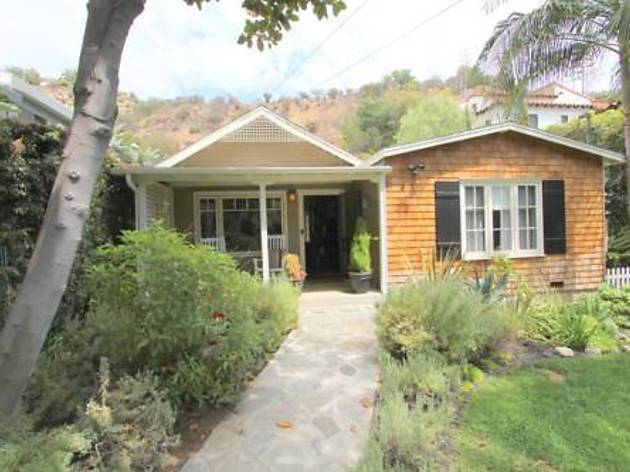 Newly Decorated Beachwood Canyon 2 Bedroom Hideaway  (CLOSED)