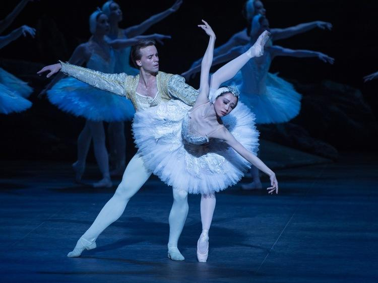 Christmas dance shows in London