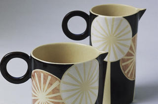 (Dandelion design jugs by Ken Eardley)