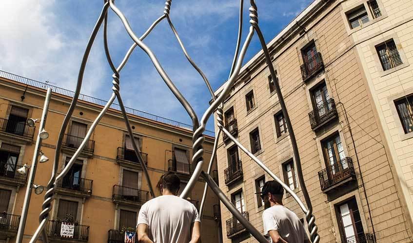 Als castellers (Antoni Llena, 2012)