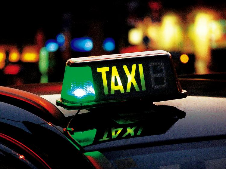 Todos los taxistas llevarán datáfono