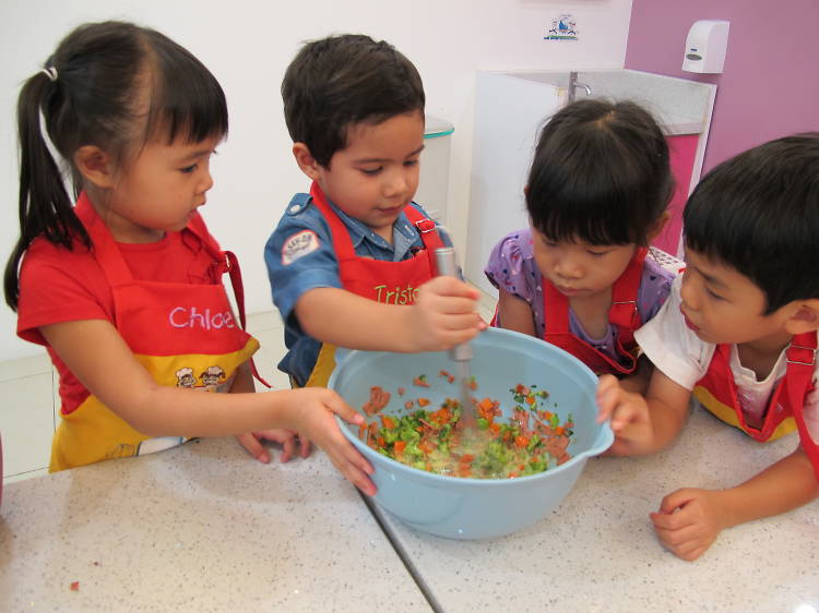 Be a junior masterchef at Young Chefs Academy