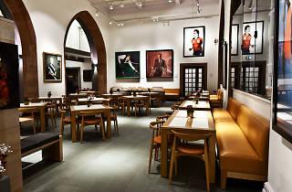 Café Portrait, restaurants