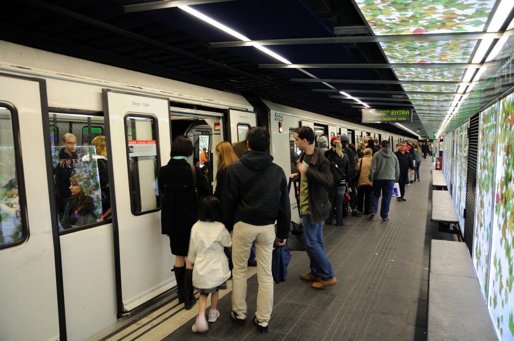 Prou músics als vagons de metro