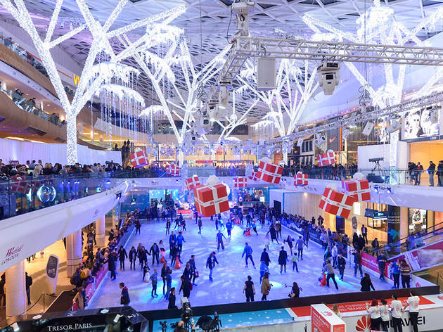 Westfield London Ice Rink | Things to do in London