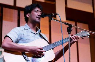 Jes Ebrahim live at Gaslight Café