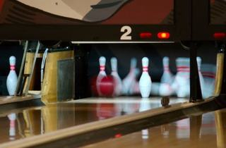 Hot Strike Bowling Tournament