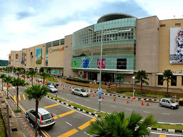 Valentine's Day at Queensbay Mall