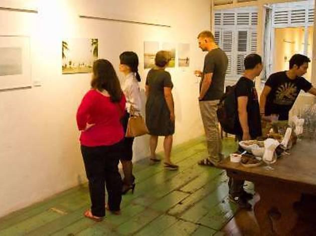 Gisela & Marcella Mueller's Art & Photography exhibition