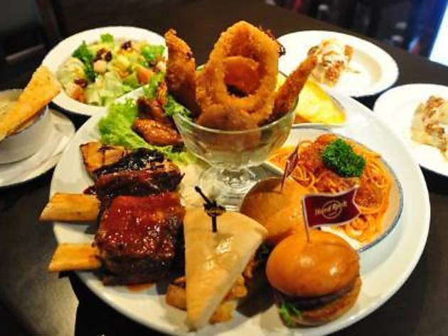 Hard Rock Cafe Holiday Rock Platter