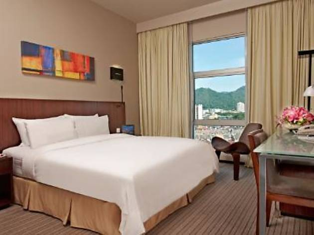 Eastin Hotel Autumn room offer