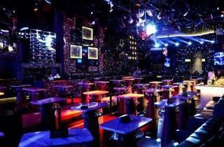 Belvedere Night at Room Auto-City