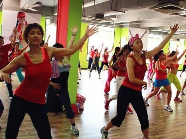 Zero Fitness Dance Studio MTV Style