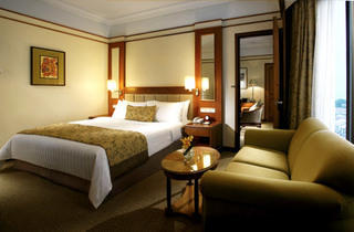 Traders Hotel Weekend package