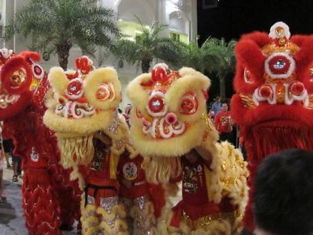 Traditional Acrobatic Northern Lion Dance at Straits Quay