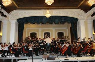 'Now the Time of Blossoming Comes' by Penang Philharmonic Orchestra