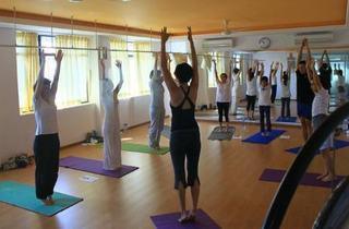 Raindrop Technique Training at Inner Peace Yoga Circle