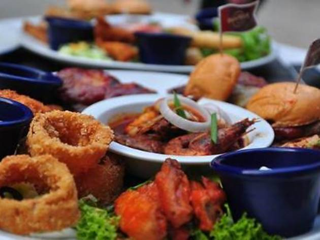 Hard Rock Cafe's buka puasa platter